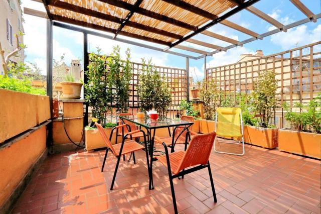 Rome Unique Navona Penthouse Terrace 1 bedroom