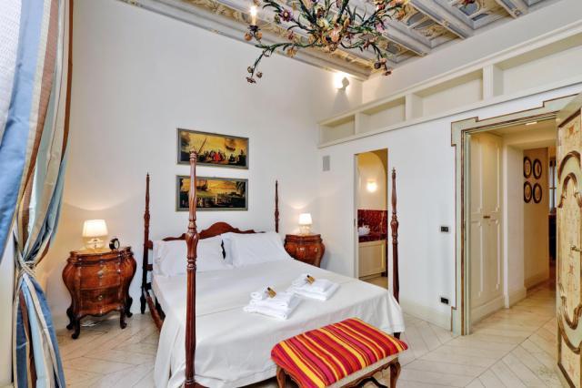 Rome Unique Boccaccio Trevi Fountain 2 bedroom